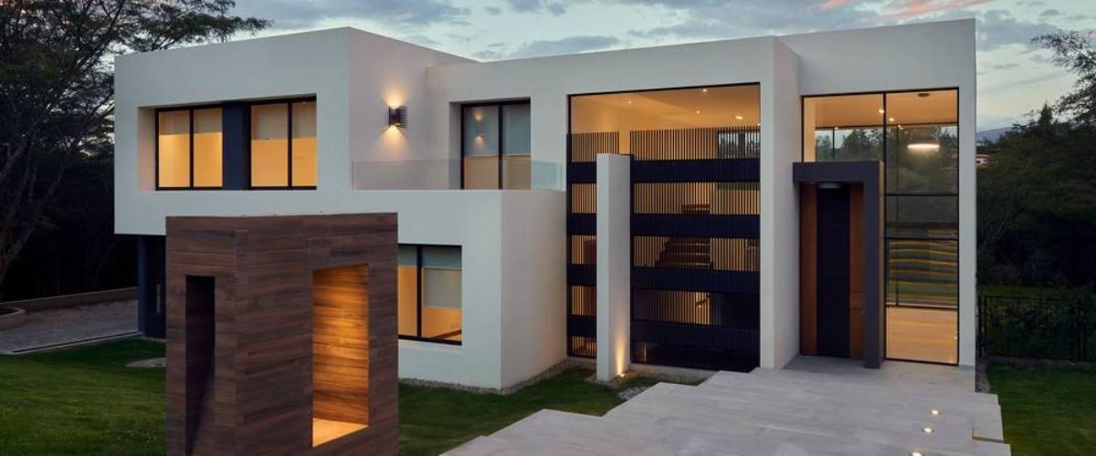 2. Redefine Luxury With Minimalism